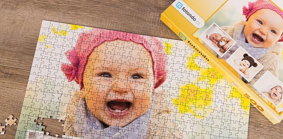 Puzzle z fotky jako koláž s Pozadím z vlastní fotografie